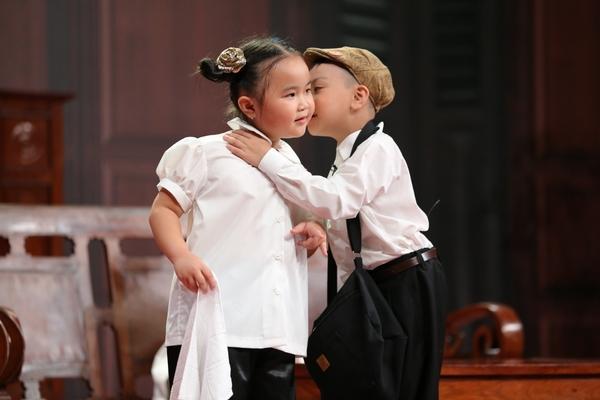 '9 đứa con' của '10 khó'. Kim Thư luôn là một gương mặt dành được sự thương  yêu lớn từ khán giả. Sinh năm 2011, cô bé đã sớm được tiếp xúc với nghệ  thuật ...